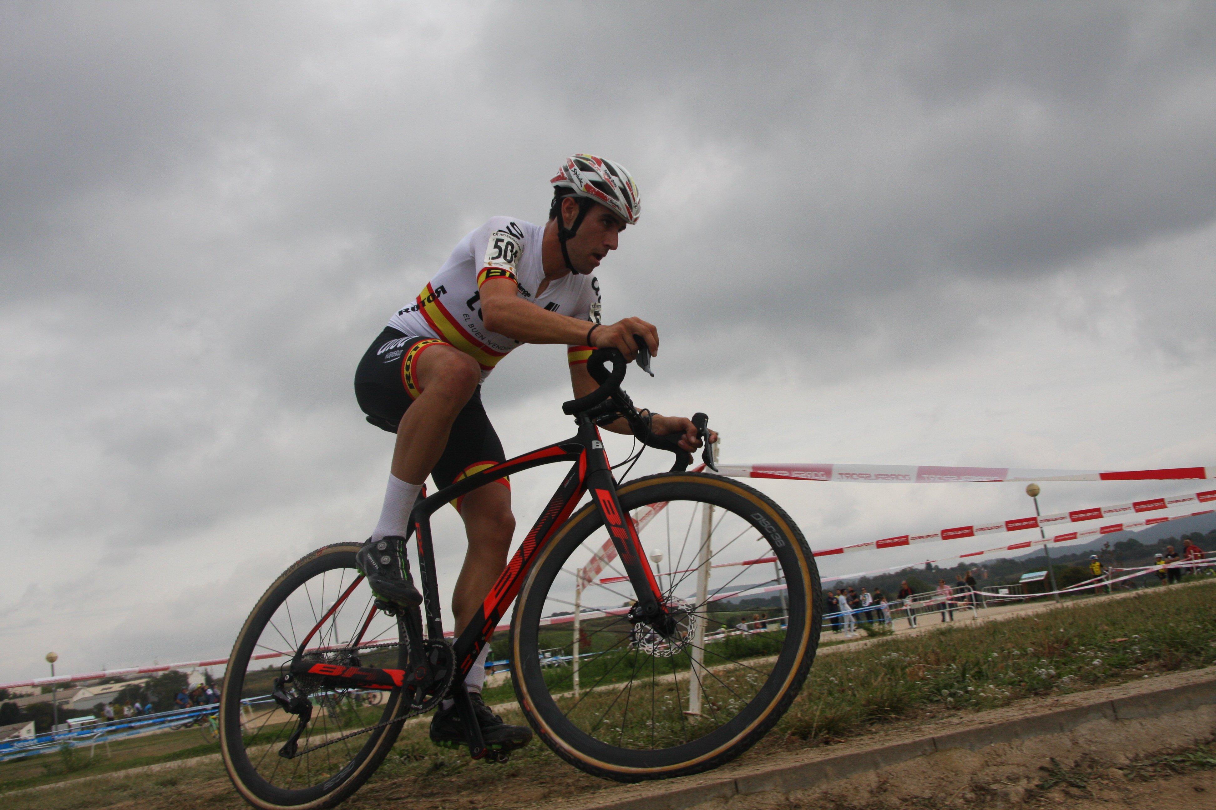 felipe orts - 10 grandes protagonistas del ciclocross 2020-21